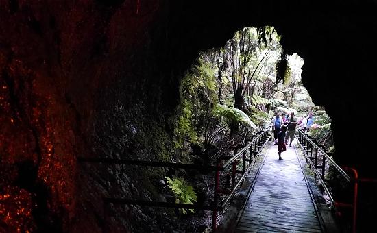 キラウエア火山洞窟