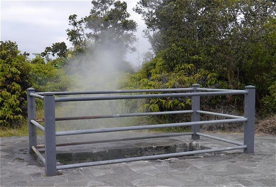 キラウエア火山蒸気