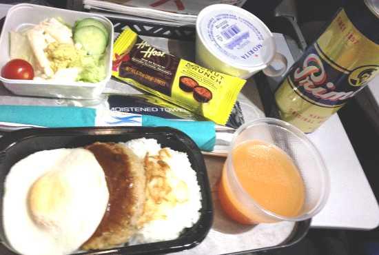ハワイアン航空 機内食の写真