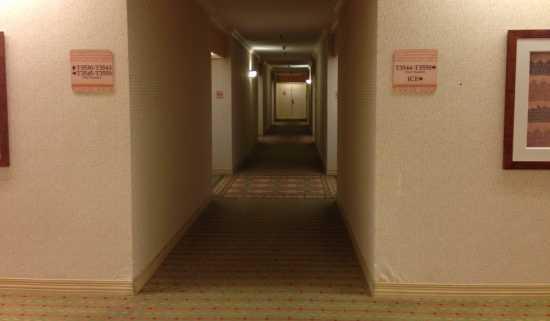 タパタワー廊下 ヒルトンハワイアンビレッジ