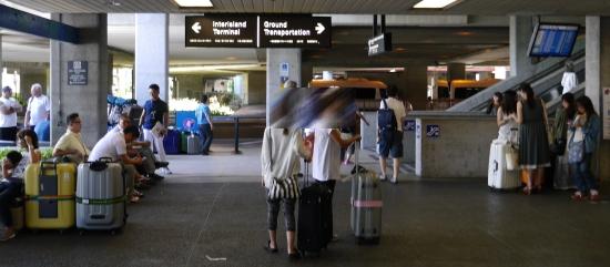 ホノルル空港国際線到着口