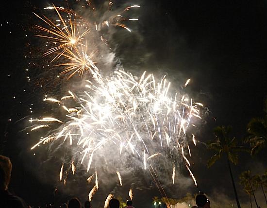 ハワイホノルル 花火大会