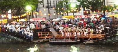 徳島 新町広場(無料演舞場)