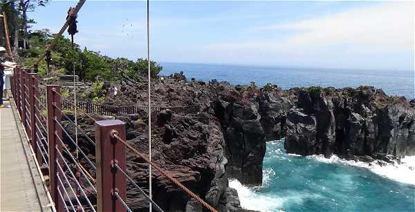城ケ崎 吊り橋の景色