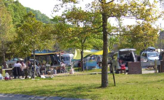 しあわせの村 オートキャンプ場 神戸