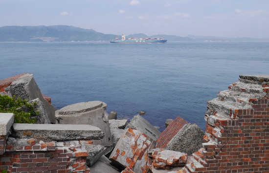 砲台から淡路島